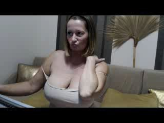 dominastrip  web - Video 1 von MatureKate
