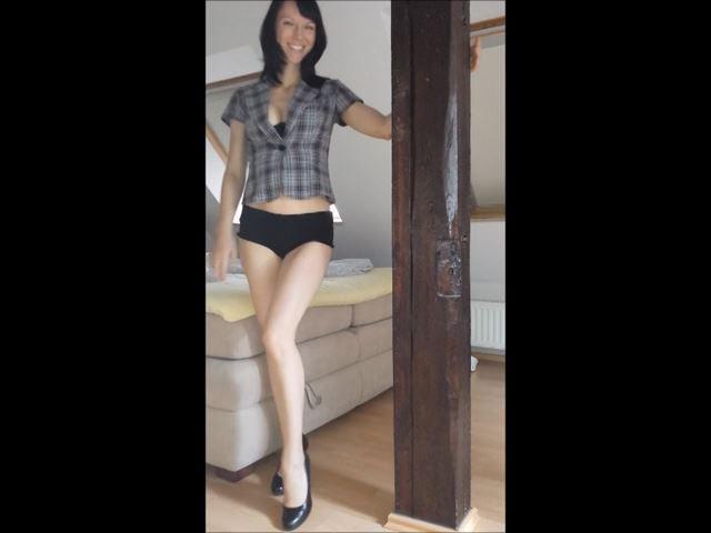 Saskia Video