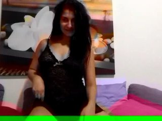 Preview 5: AischaJade Das Girl von nebenan Der geilste Po im Web!